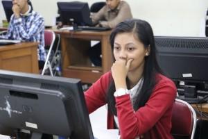 Pelaksanaan-Ujian-Tes-Berbasis-Komputer-di-Fakultas-Teknik-UM-2