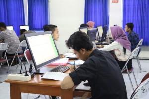 Pelaksanaan-Ujian-Tes-Berbasis-Komputer-di-Fakultas-Teknik-UM-4
