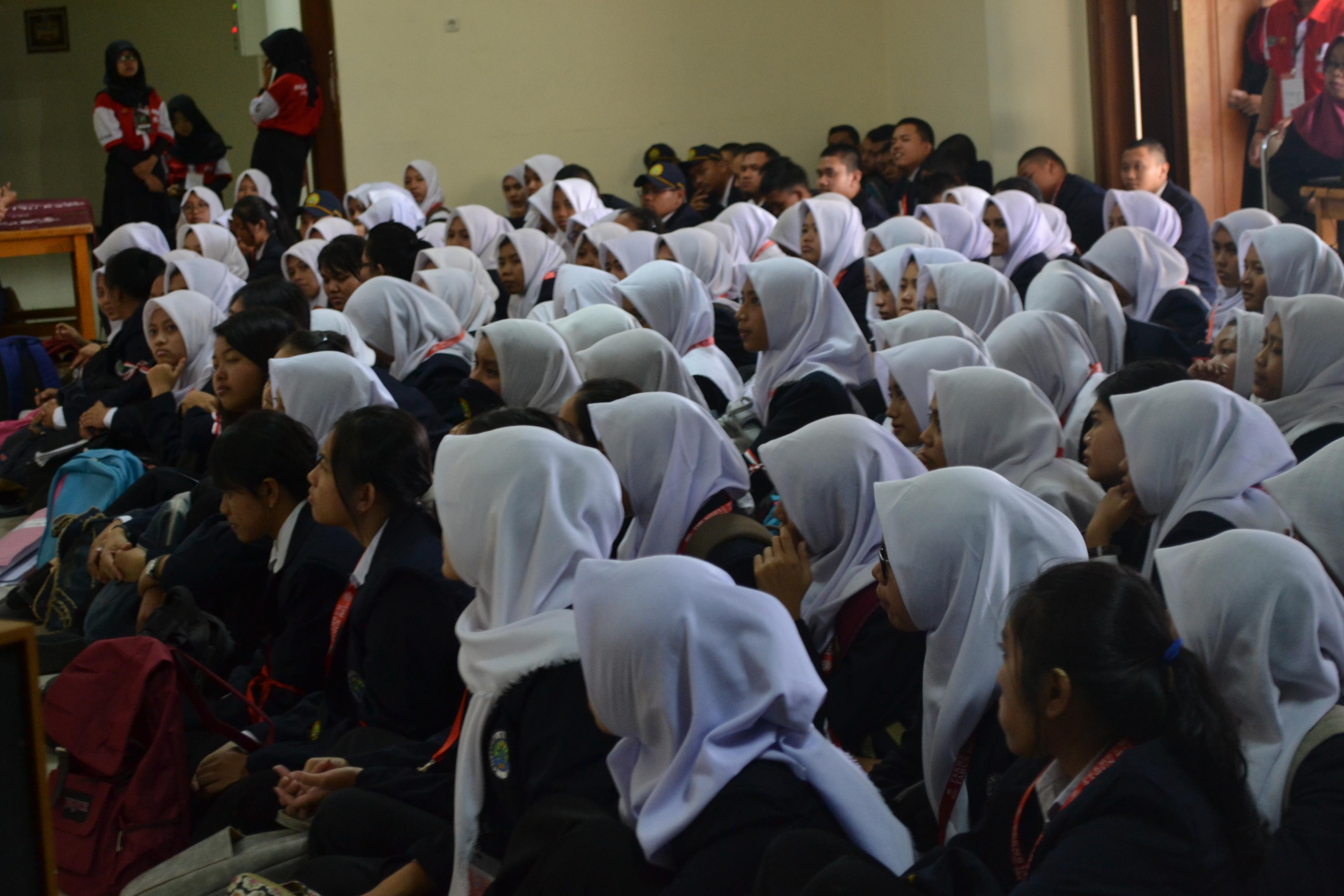 Welcome !! Mahasiswa Baru Jurusan Teknologi Industri FT UM Tahun Akademik 2017/2018